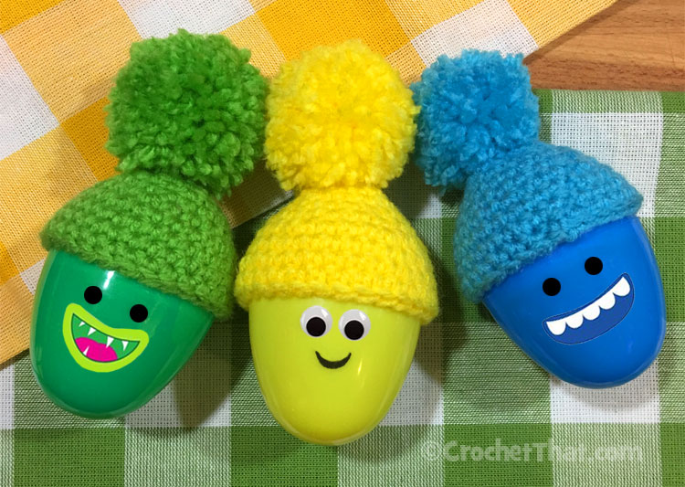 Tiny Crochet Hats to Decorate Plastic Easter Eggs