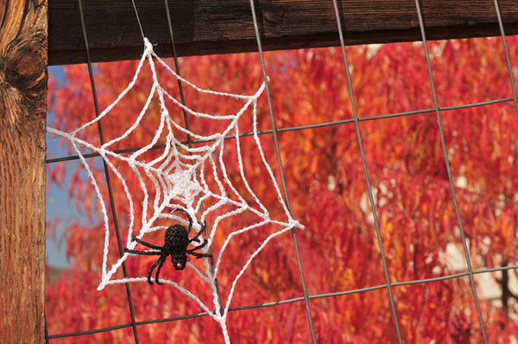 Free Crochet Spider Web Patterns – Perfect for Halloween!